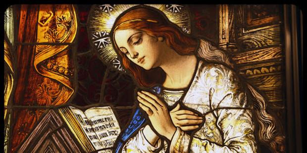 Invocazione a Maria quando, i nostri pensieri sono instabili e insicuri i nostri passi.