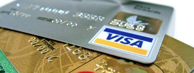 Un guasto tecnico blocca per ore le carte di credito Visa, pagamenti bloccati.