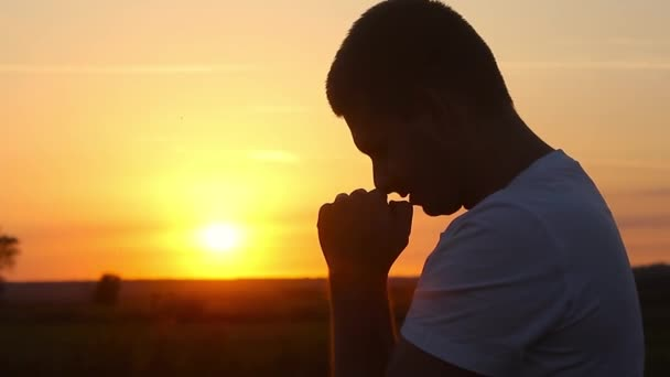 Stai per intraprendere una nuova attività o un nuovo lavoro, recita questa preghiera.
