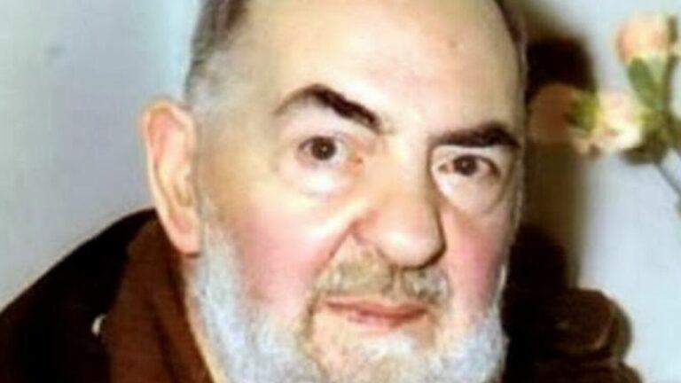 Migliaia di miracoli sono il risultato di questa semplice Preghiera di Padre Pio